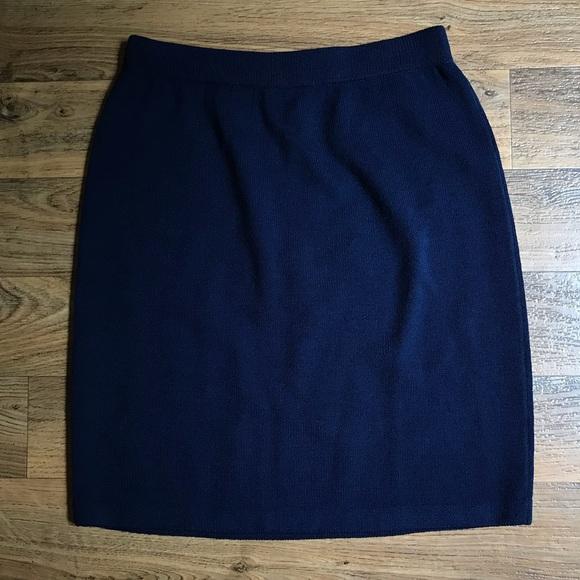 St. John Dresses & Skirts - SOLD! ⚡️ St. John Basics Pencil Skirt Santana Knit